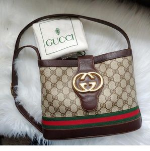 dcc7a71366 Women s Brown Gucci Bucket Bags on Poshmark